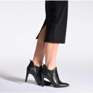 Geox Ankle Boot EU 40/ US 9.5 (fit like 8.5)